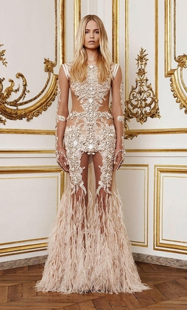 givenchy-fall-2010-haute-couture-feather-and-bead-gown-profile